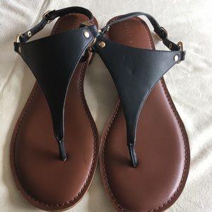 Kelly & Katie Bania Size 10 Tee-Strap Flat Sandals